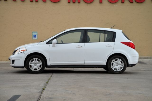 2011 Nissan Versa 1.8 S San Antonio , Texas 2