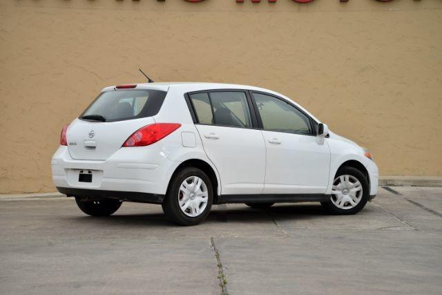 2011 Nissan Versa 1.8 S San Antonio , Texas 5