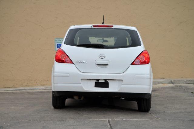 2011 Nissan Versa 1.8 S San Antonio , Texas 6