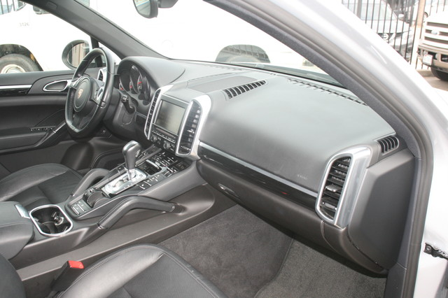 2011 Porsche Cayenne S Houston, Texas 12