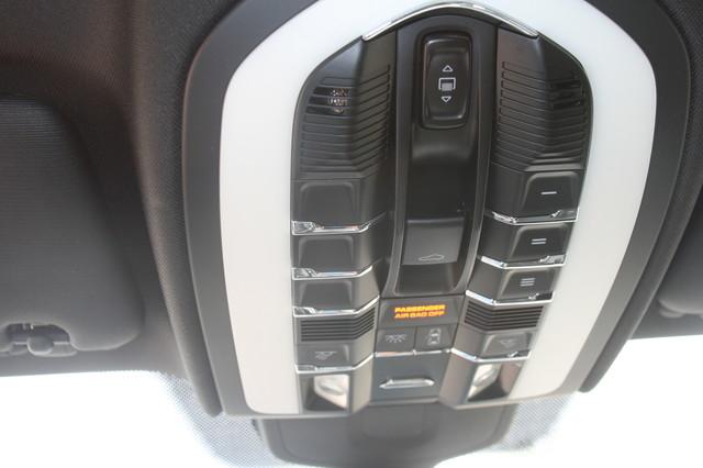 2011 Porsche Cayenne S Houston, Texas 17