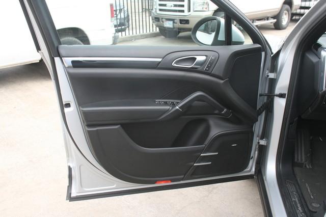 2011 Porsche Cayenne S Houston, Texas 8