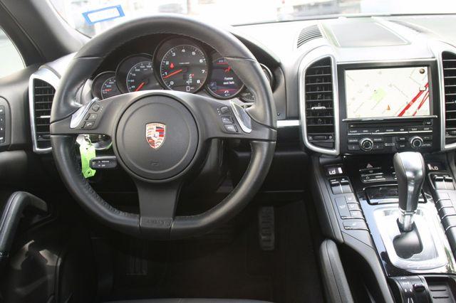 2011 Porsche Cayenne Houston, Texas 12