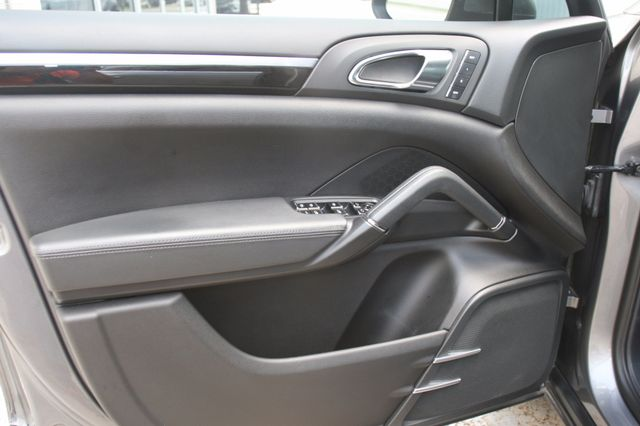 2011 Porsche Cayenne Houston, Texas 15