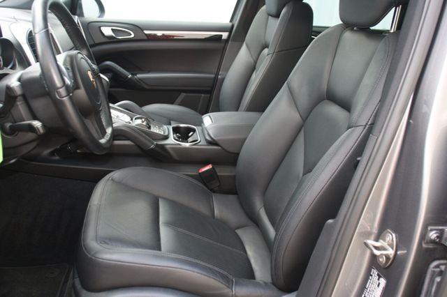 2011 Porsche Cayenne Houston, Texas 18