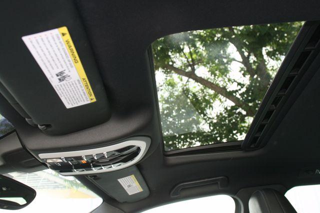 2011 Porsche Cayenne Houston, Texas 22
