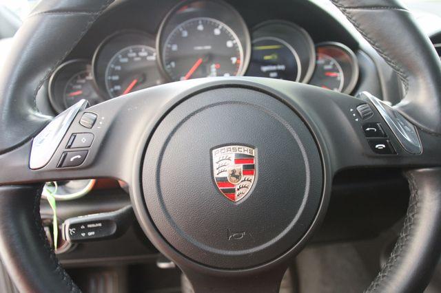 2011 Porsche Cayenne Houston, Texas 24