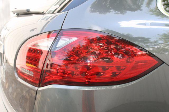2011 Porsche Cayenne Houston, Texas 7