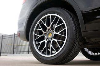 2011 Porsche Cayenne 20's * NAVI * Sunroof * XENONS * AC Seats * LOADED Plano, Texas 40
