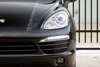 2011 Porsche Cayenne 20's * NAVI * Sunroof * XENONS * AC Seats * LOADED Plano, Texas 37
