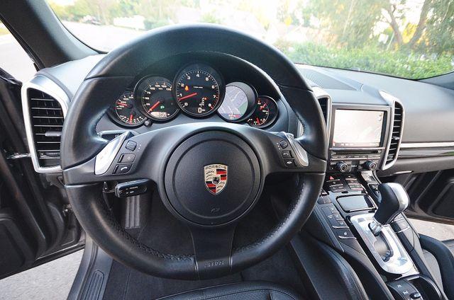 2011 Porsche Cayenne Reseda, CA 39
