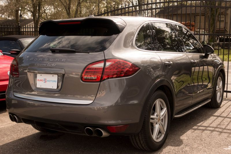 2011 Porsche Cayenne Turbo   Texas  EURO 2 MOTORS  in , Texas