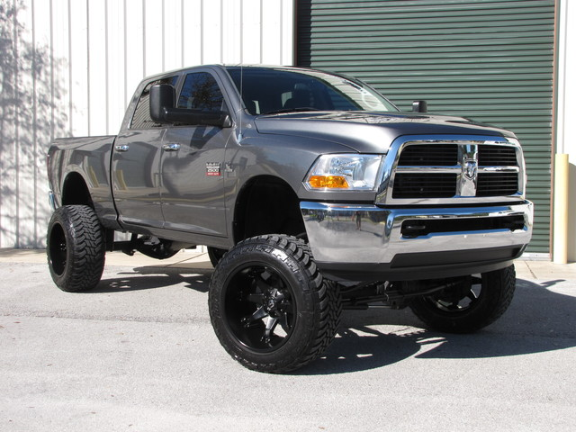 2011 Ram 2500 SLT Jacksonville , FL 4