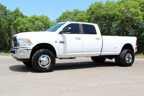2011 Ram 3500 Lone Star - 4x4 - 6 SPEED - 1 OWNER in Liberty Hill , TX