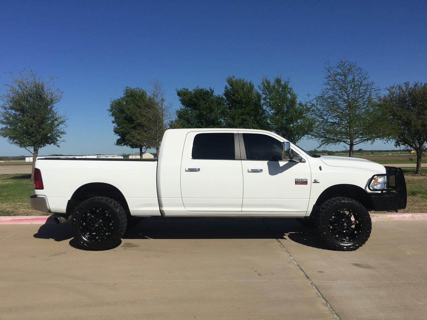 2011 dodge ram 3500 mega cab srw 4x4 city tx american truck source. Black Bedroom Furniture Sets. Home Design Ideas