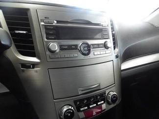 2011 Subaru Legacy 2.5i Prem AWP Chicago, Illinois 13