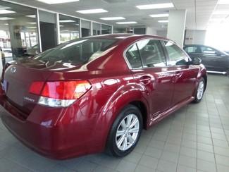 2011 Subaru Legacy 2.5i Prem AWP Chicago, Illinois 3