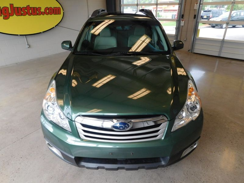 2011 Subaru Outback 25i Prem AWPPwr Moon  city TN  Doug Justus Auto Center Inc  in Airport Motor Mile ( Metro Knoxville ), TN