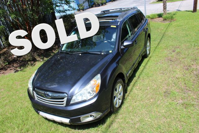 2011 Subaru Outback 2.5i Limited Pwr Moon | Charleston, SC | Charleston Auto Sales in Charleston SC