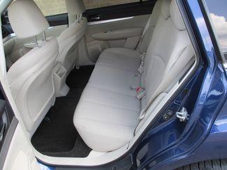 2011 Subaru Outback 2.5i Prem AWP/Pwr Moon Farmington, Minnesota 3