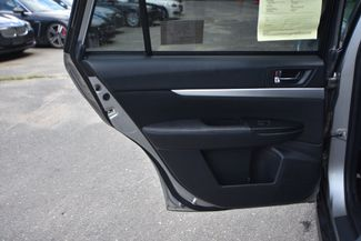 2011 Subaru Outback 2.5i Premium Naugatuck, Connecticut 13
