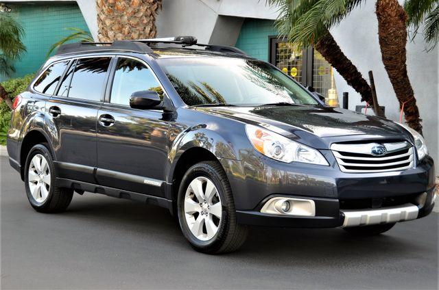 2011 Subaru Outback 2.5i Limited Pwr Moon Reseda, CA 22