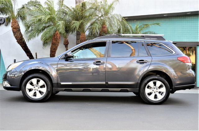 2011 Subaru Outback 2.5i Limited Pwr Moon Reseda, CA 26