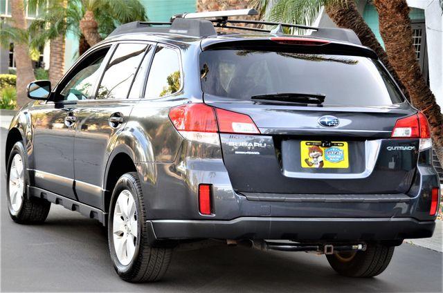 2011 Subaru Outback 2.5i Limited Pwr Moon Reseda, CA 27