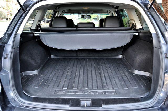 2011 Subaru Outback 2.5i Limited Pwr Moon Reseda, CA 30