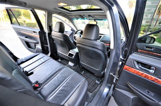 2011 Subaru Outback 2.5i Limited Pwr Moon Reseda, CA 31