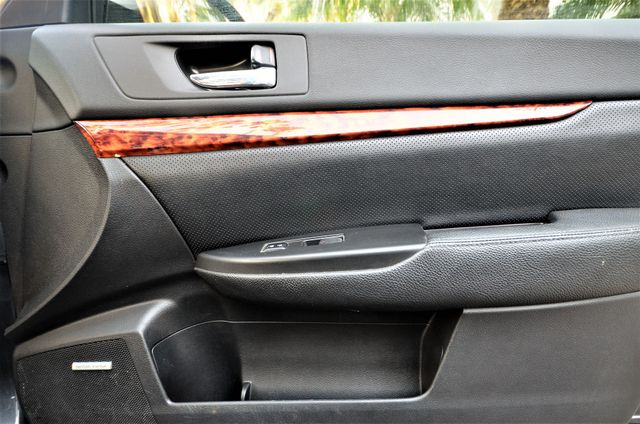 2011 Subaru Outback 2.5i Limited Pwr Moon Reseda, CA 34