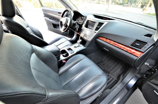2011 Subaru Outback 2.5i Limited Pwr Moon Reseda, CA 35