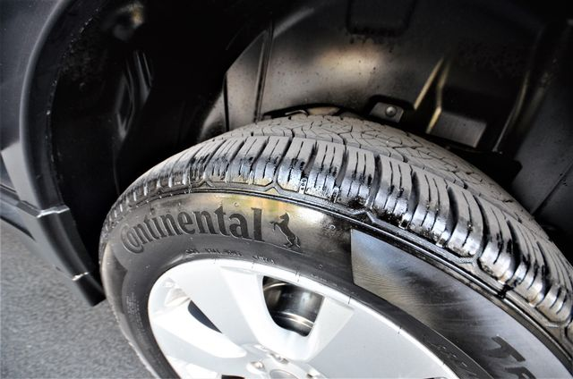 2011 Subaru Outback 2.5i Limited Pwr Moon Reseda, CA 36