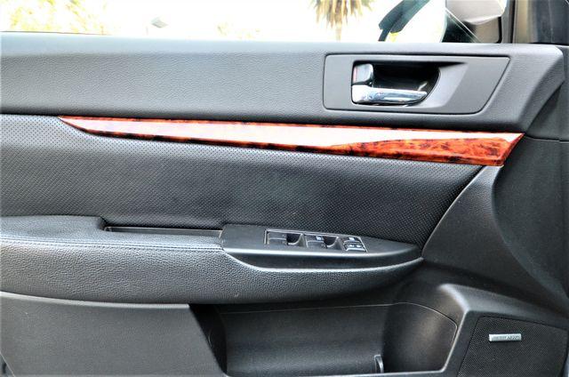 2011 Subaru Outback 2.5i Limited Pwr Moon Reseda, CA 37