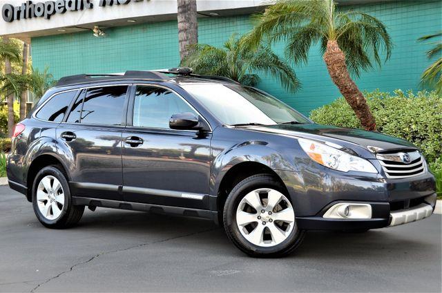 2011 Subaru Outback 2.5i Limited Pwr Moon Reseda, CA 16
