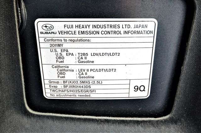 2011 Subaru Outback 2.5i Limited Pwr Moon Reseda, CA 45