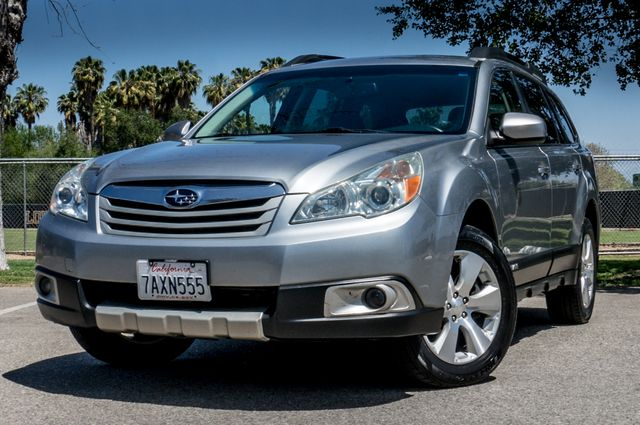 2011 Subaru Outback 3.6R Limited Reseda, CA 2
