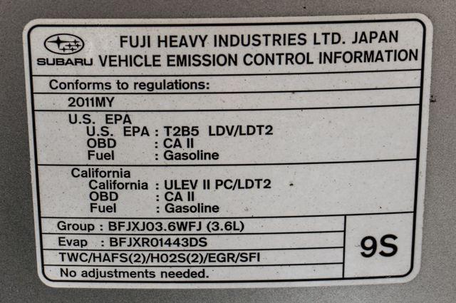 2011 Subaru Outback 3.6R Limited Reseda, CA 40