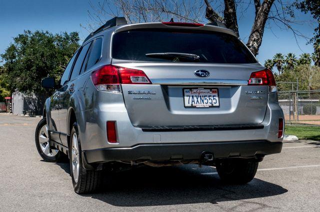 2011 Subaru Outback 3.6R Limited Reseda, CA 7