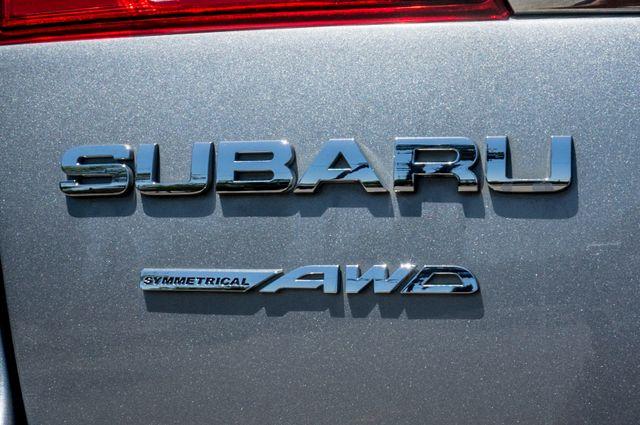 2011 Subaru Outback 3.6R Limited Reseda, CA 49