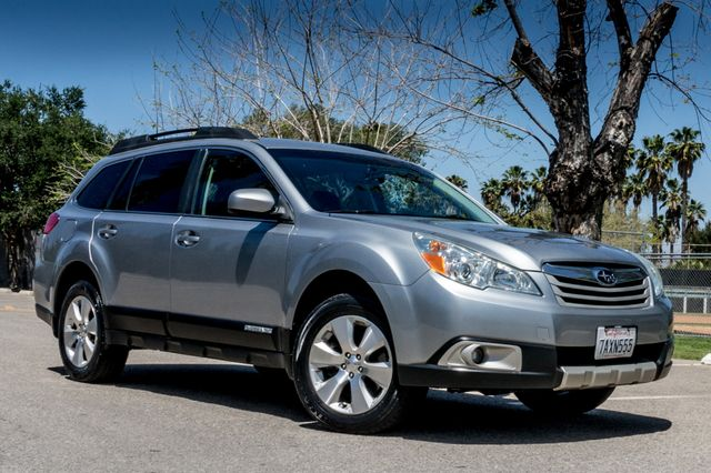 2011 Subaru Outback 3.6R Limited Reseda, CA 3