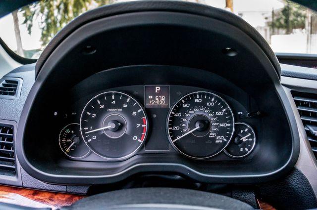 2011 Subaru Outback 3.6R Limited Reseda, CA 16