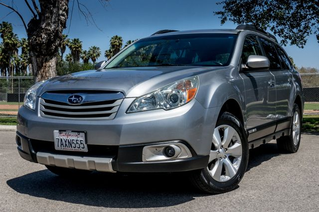 2011 Subaru Outback 3.6R Limited Reseda, CA 43