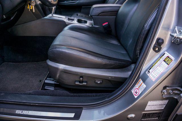 2011 Subaru Outback 3.6R Limited Reseda, CA 14
