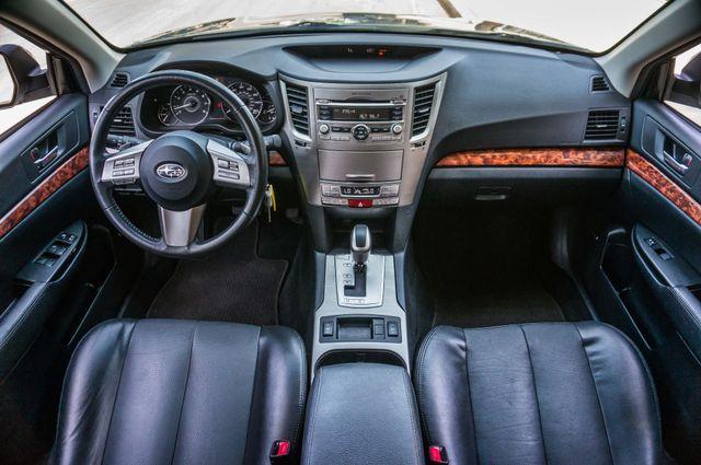 2011 Subaru Outback 3.6R Limited Reseda, CA 18