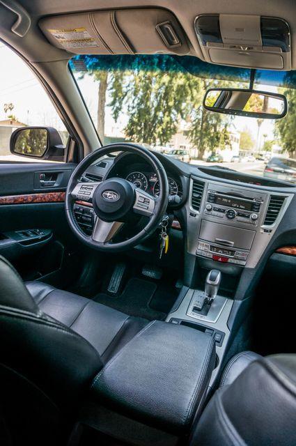 2011 Subaru Outback 3.6R Limited Reseda, CA 35