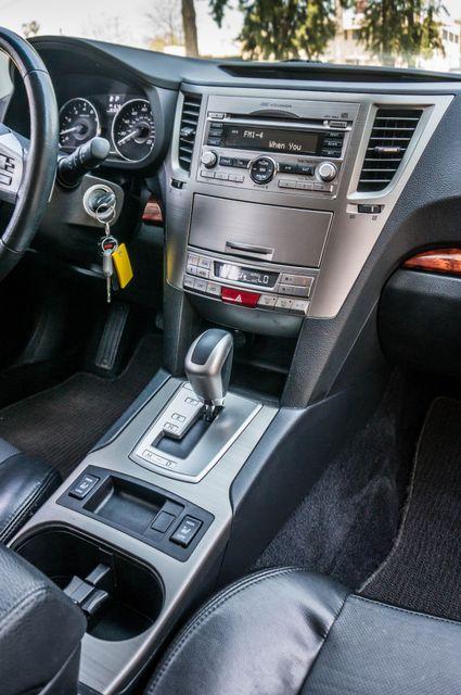 2011 Subaru Outback 3.6R Limited Reseda, CA 22