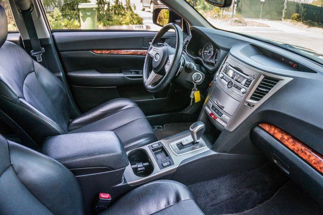 2011 Subaru Outback 3.6R Limited Reseda, CA 33