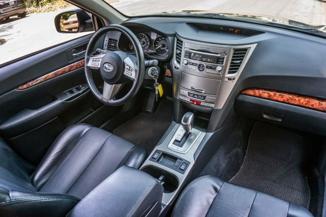 2011 Subaru Outback 3.6R Limited Reseda, CA 34