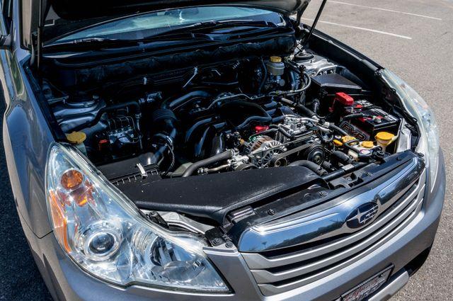 2011 Subaru Outback 3.6R Limited Reseda, CA 39